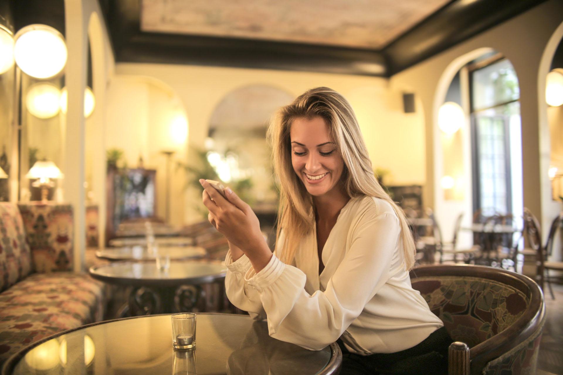 comment décoder les SMS chez une femme